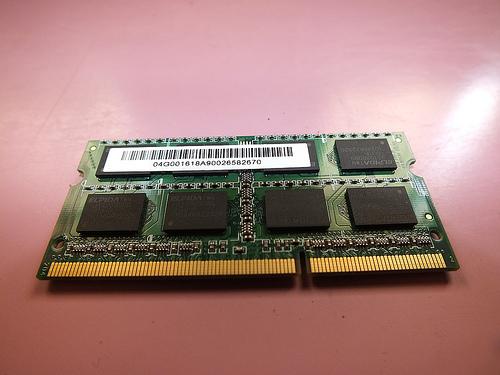 Differenza RAM e ROM.